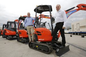 Photo (L-R): Dave Roberts, MD at Kubota UK and Darron Cavanagh, Managing Director Sales, South.