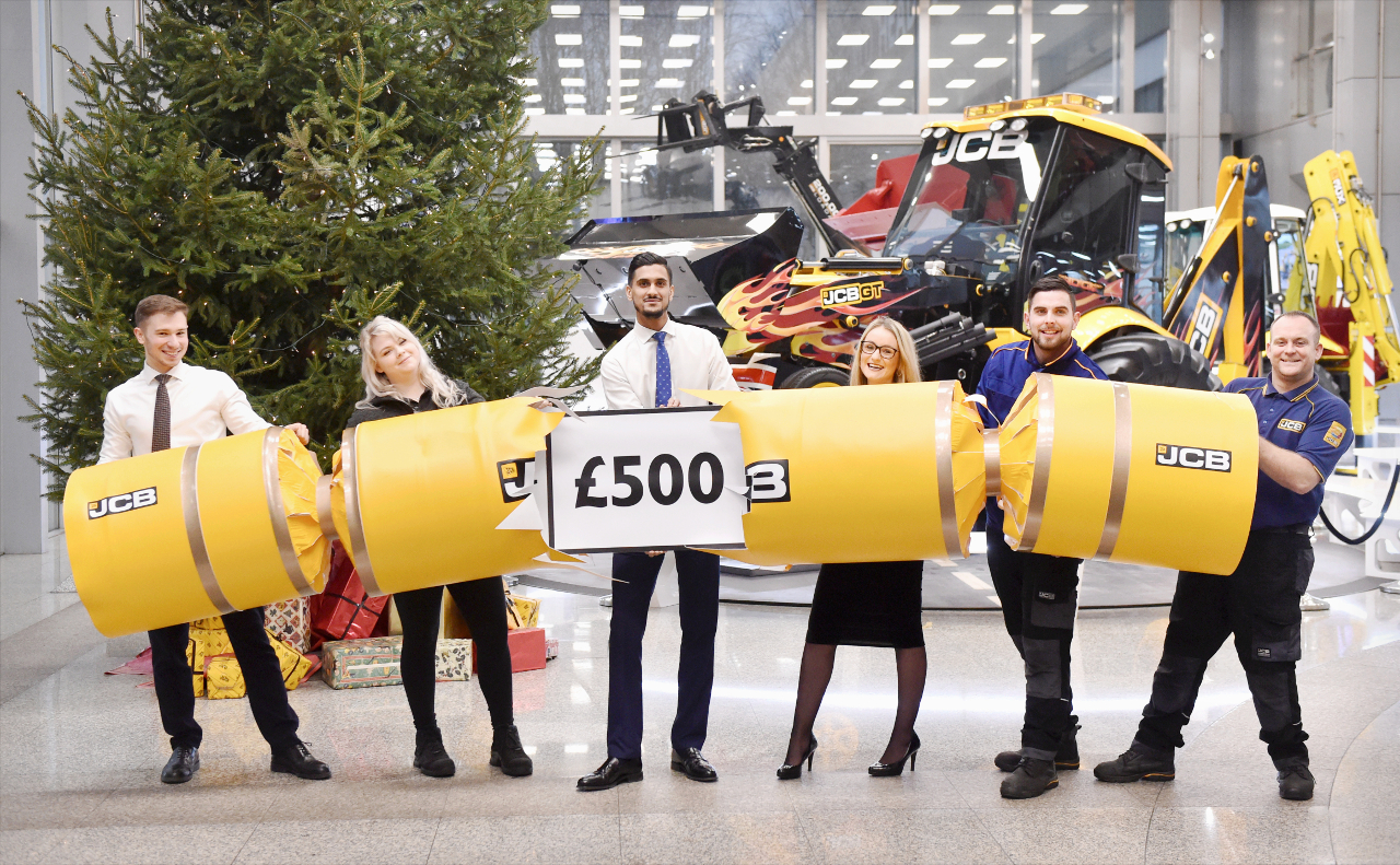 JCB £500 Christmas bonus and a shop floor pay rise of 2.2%